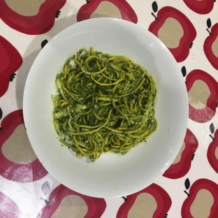 Courgetti and pesto